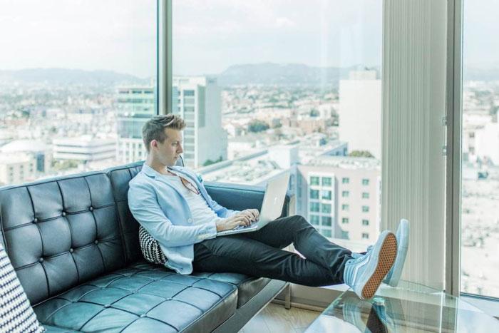 Tips Meningkatkan Fokus Kerja Saat Kerja dari Rumah